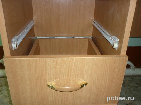 Компьютерные столы с ящиками