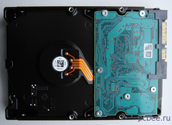 Вид HDD HITACHI Deskstar 5K3000 снизу: