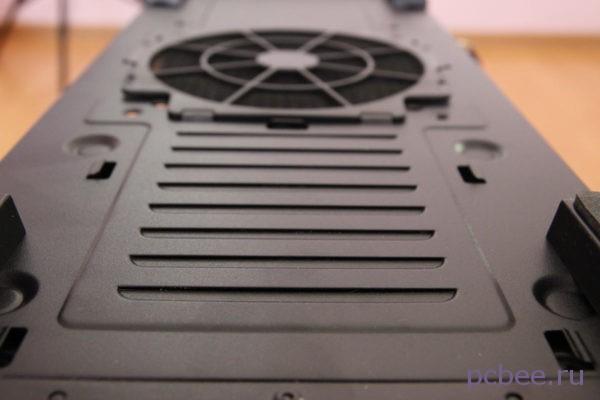 Вентиляция для блока питания на днище корпуса Zalman Miditower Z9 Plus