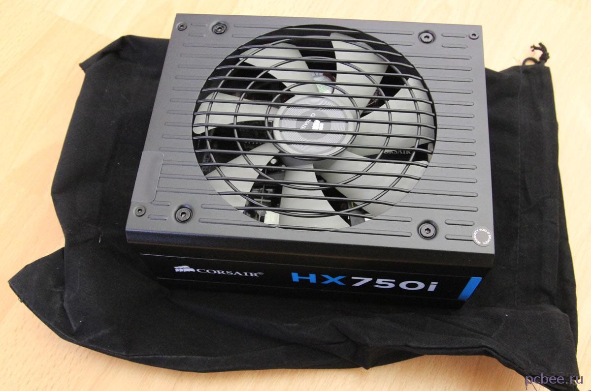 Виновник торжества - блок питания Corsair HX750 80 Platinum 750 watt